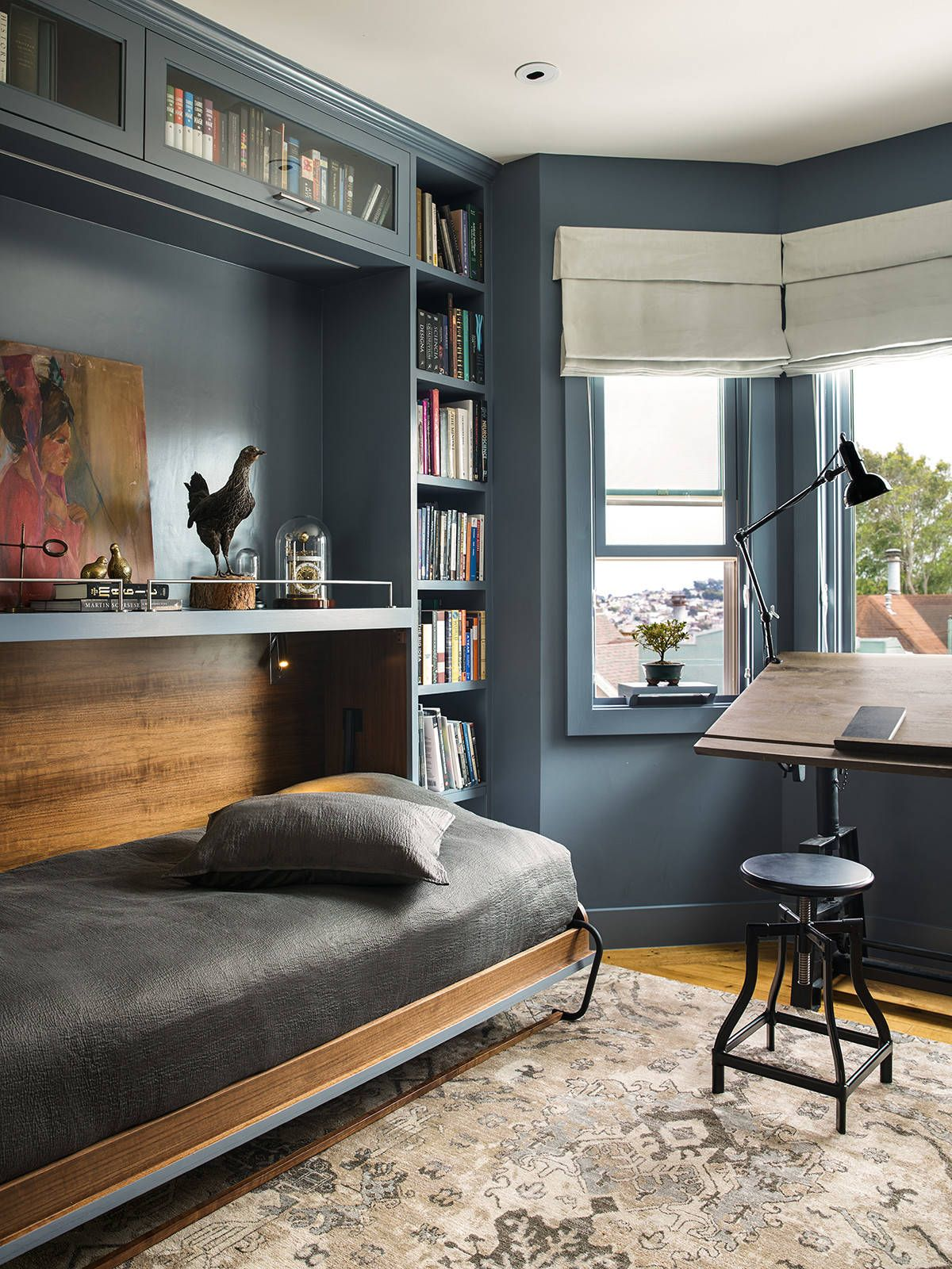 Relaxing-daybed-in-the-home-office-turns-it-into-a-practical-guest-room-when-needed-47630