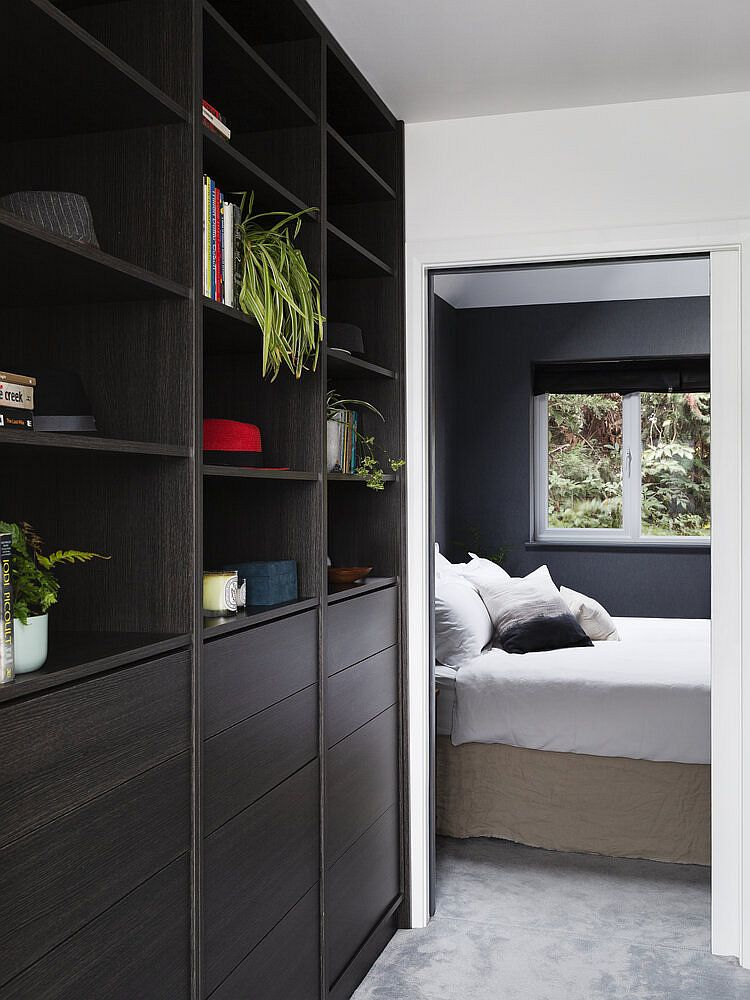 Secret-doors-in-the-bedroom-cupboards-lead-way-to-the-lift-connecting-different-levels-of-the-house-52194