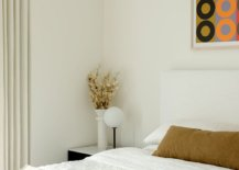 Small-bedroom-in-white-inside-the-modern-Brooklyn-apartment-53681-217x155