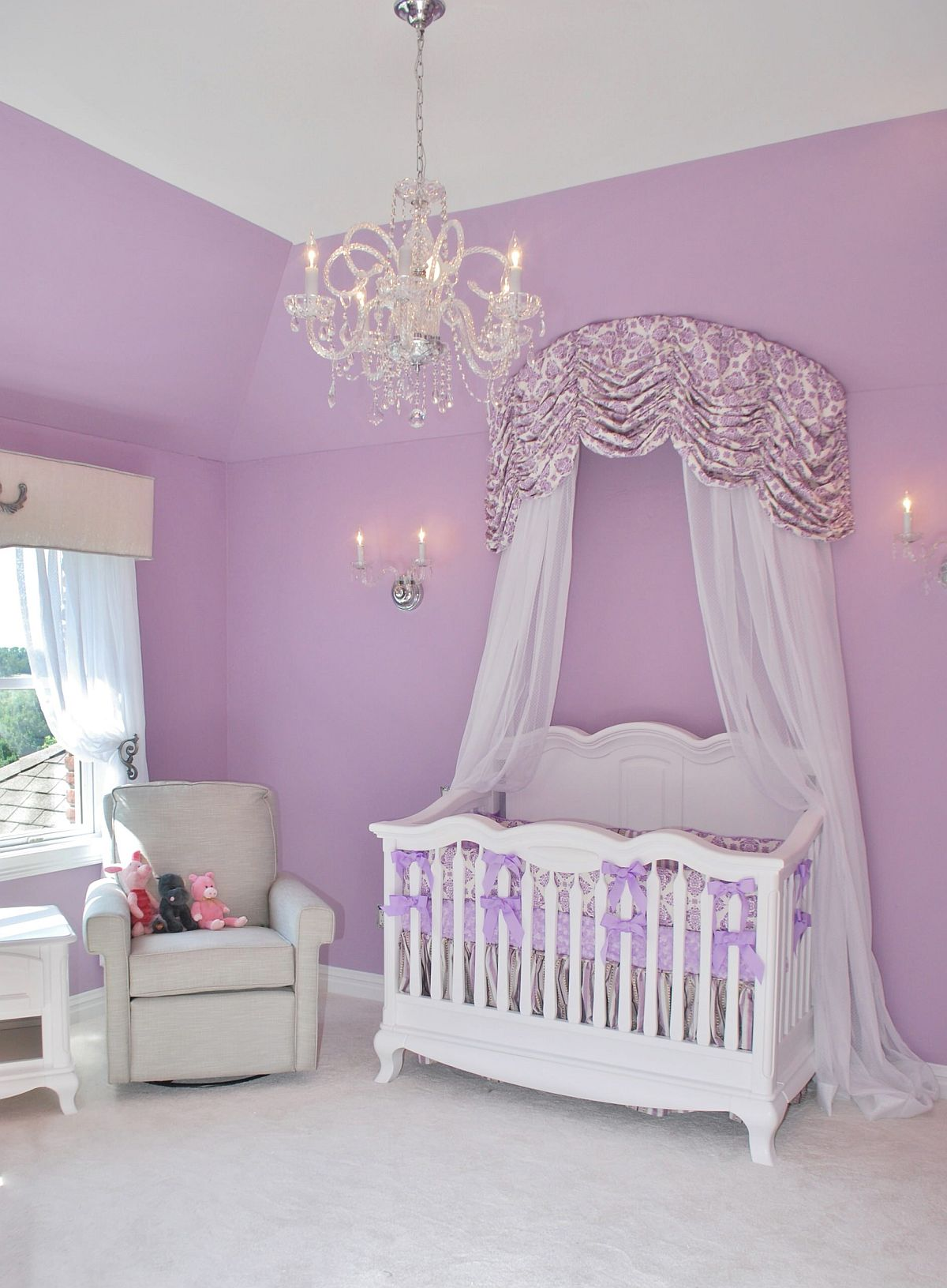 Stunningly-beautiful-nursery-in-violet-that-is-picture-perfect-for-your-little-princess-52067