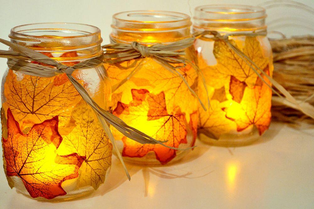 Uber-easy fall leaf mason jar candle holders DIY idea
