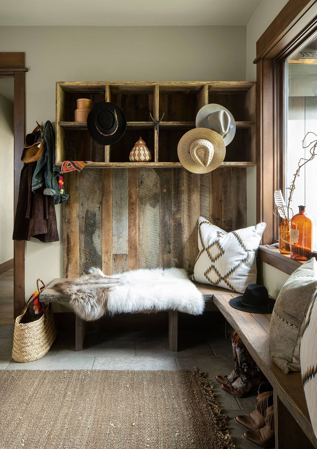 Using reclaimed wood for the entry gives it a more authentic rustic vibe