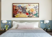 Wall-art-piece-for-the-headboard-wall-steals-the-show-in-this-gorgeous-contemporary-bedroom-80971-217x155