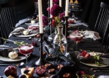 Black-as-a-color-never-dissapoints-when-you-start-using-it-for-the-Halloween-themed-dining-table-12519-217x155