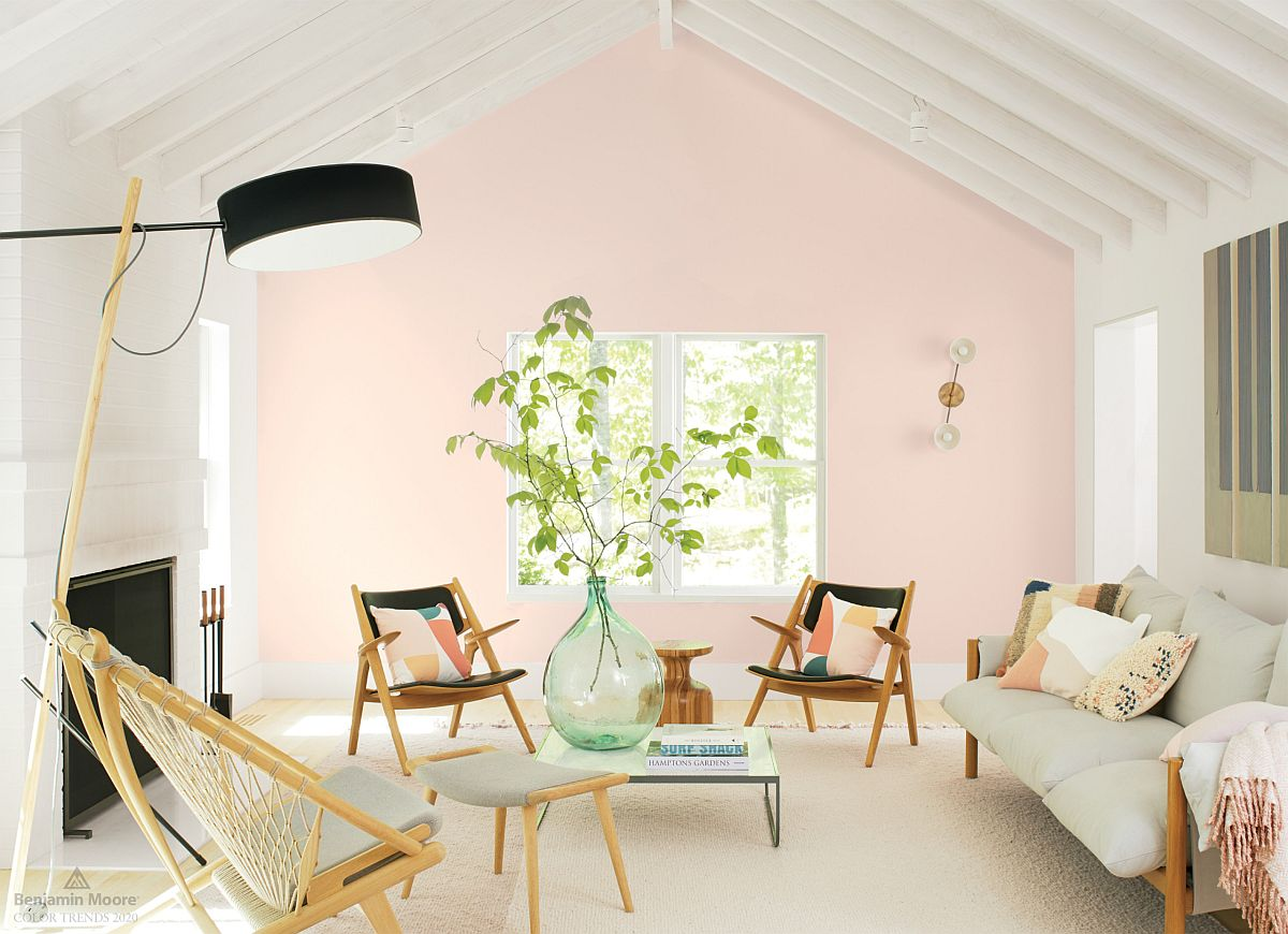 Brilliant-blend-of-Japanese-and-Scandinavian-styles-in-the-small-living-room-with-pink-accent-wall-51819