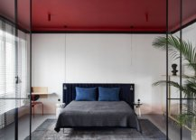 Brilliant-red-ceiling-steals-the-spotlight-in-this-small-white-bedroom-90732-217x155