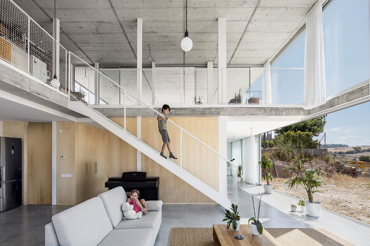 Concrete, metal and glass create this smart Spanish home that feels like living under the sky