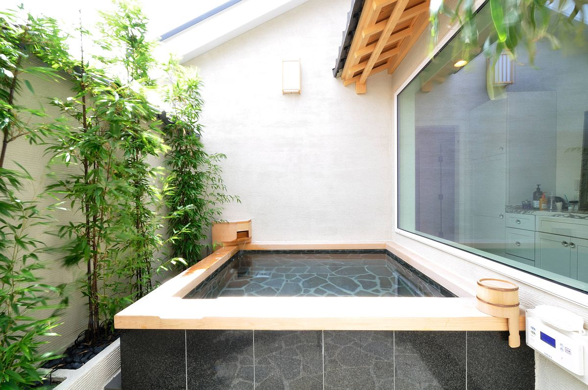 Find the Japanese soaking tub that suits your specific needs