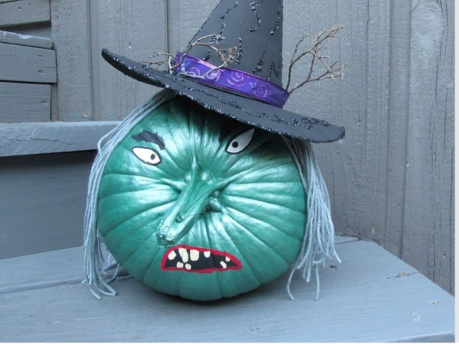 Get creative with the painted pumpkins and showcase your artistic talent this Halloween!