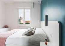 Gorgeous-blue-accent-wall-for-the-small-bedroom-in-white-35205-217x155