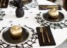 Gorgeous-modern-Halloween-tablescape-in-black-white-and-gold-29660-217x155