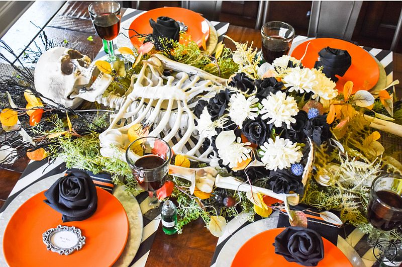 It is hard o find a creepier Halloween tablescape this season!