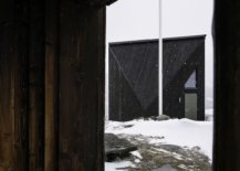 Minimal-and-sleek-external-frame-of-the-Diamanten-Cabin-in-Oppdal-Central-Norway-40467-217x155