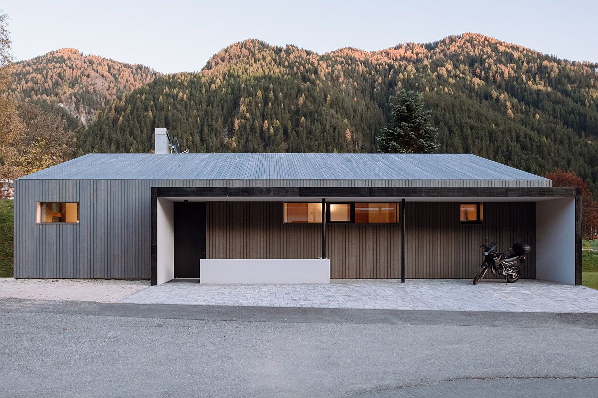 Private-and-minimal-street-facade-of-the-L-House-by-Plasma-Studio-85182
