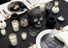 Skulls-are-a-popular-and-easy-to-incorporate-decorating-choice-for-the-Halloween-dining-table-92446-217x155