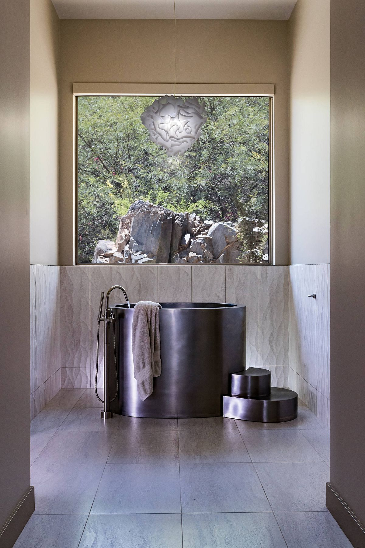 Stainless steel Japanese soaking tub in black is an absolute showstopper!