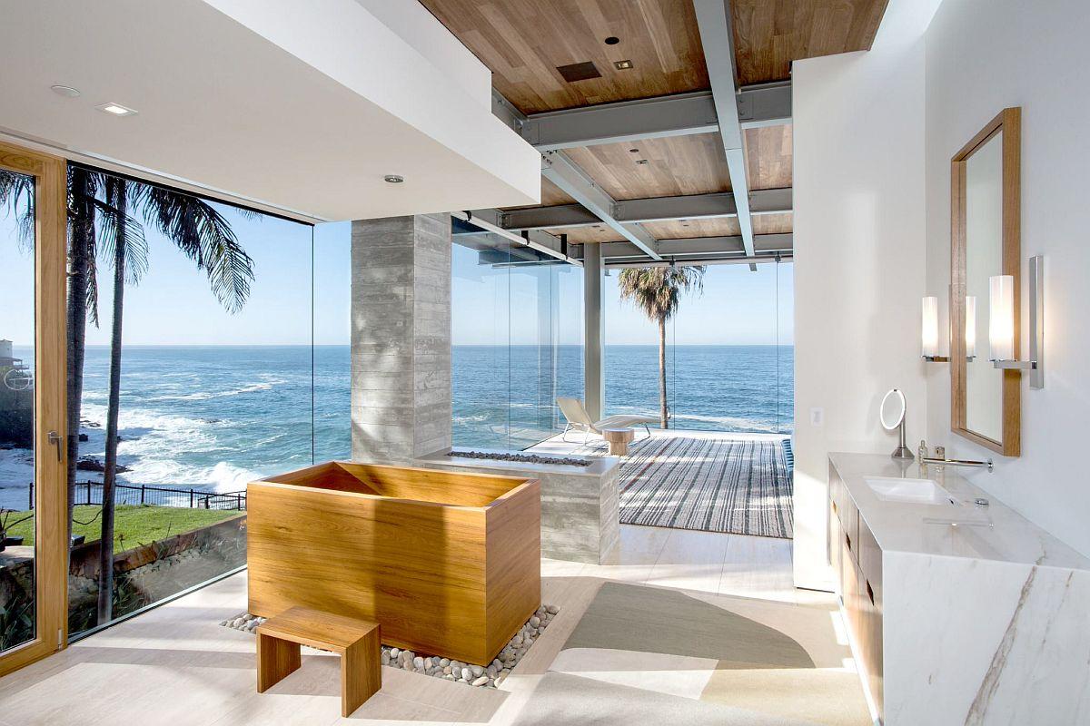Japanese Soaking Tubs: Modern Bathroom Luxury at its Trendy Best