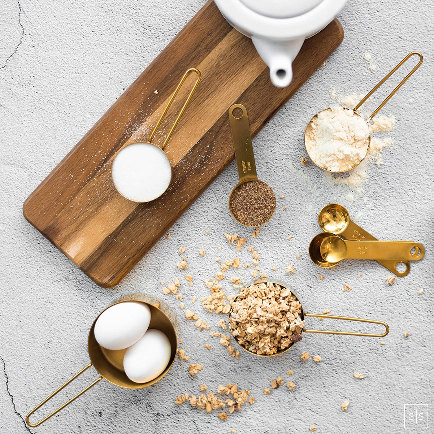 Modern Stainless Steel Measuring Cups and Spoons Set Gold