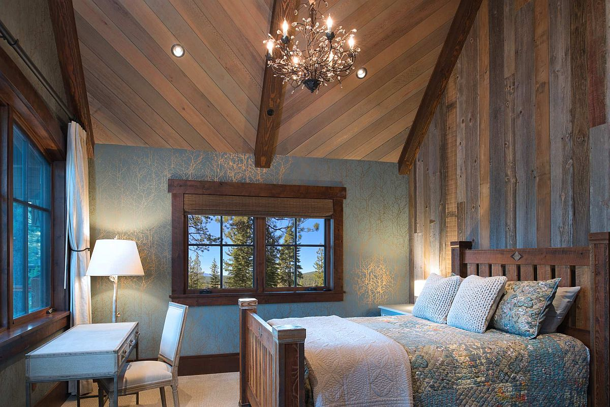 Brilliant cabin-style bedroom takes us into the world of many gorgeous mountain cabins that come alive in the winter