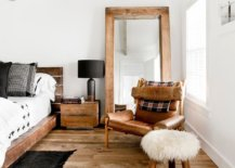 Combine-trendy-decor-finds-with-a-winter-centric-decorating-theme-in-the-bedroom-89632-217x155
