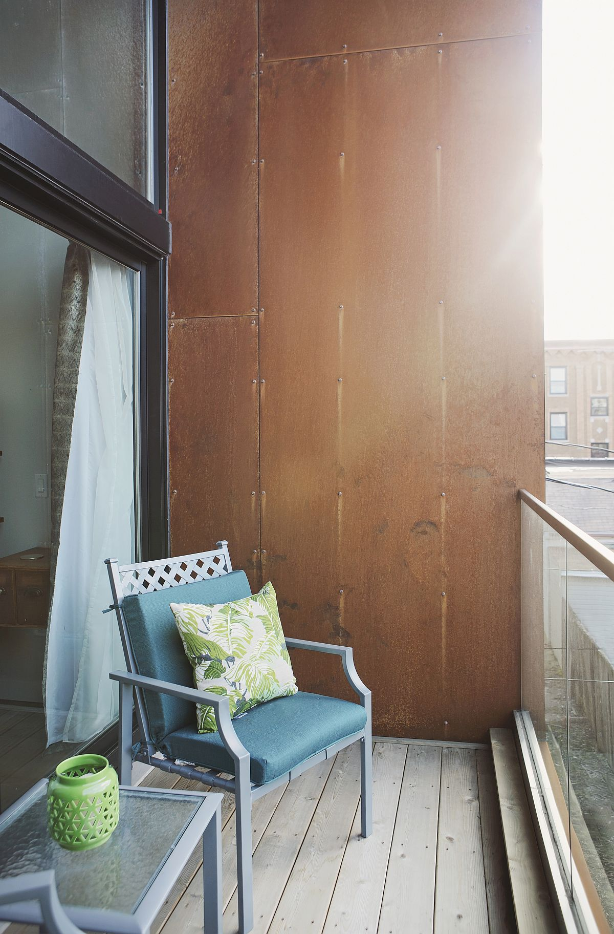 Corten steel panels create a greener and more interesting home