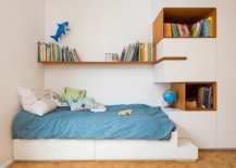 Making-use-of-limited-space-in-the-tiny-bedroom-an-idea-hat-works-in-small-adult-bedrooms-as-well-30108-217x155