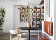 Tiny-breakfast-nook-can-be-placed-pretty-much-anywhere-in-the-home-21103-217x155
