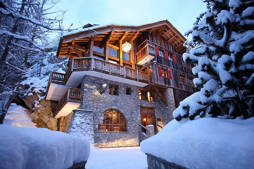 Beautiful and luxurious Chalet Le Rocher in the French Alps treats you to some of the best ski slopes on the planet