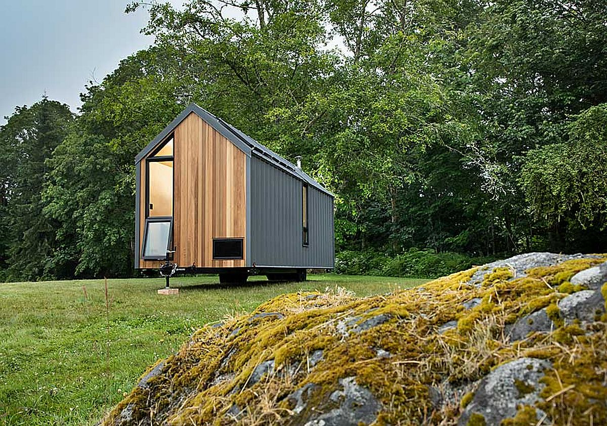 Cedar and metal exterior of the tiny cabin on wheels