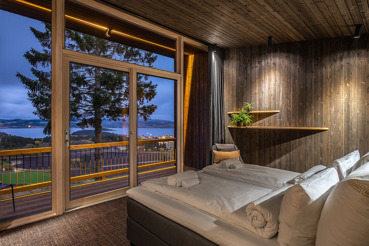 Delightful-views-of-the-scenic-landscape-from-the-new-hotel-rooms-in-wood-83344