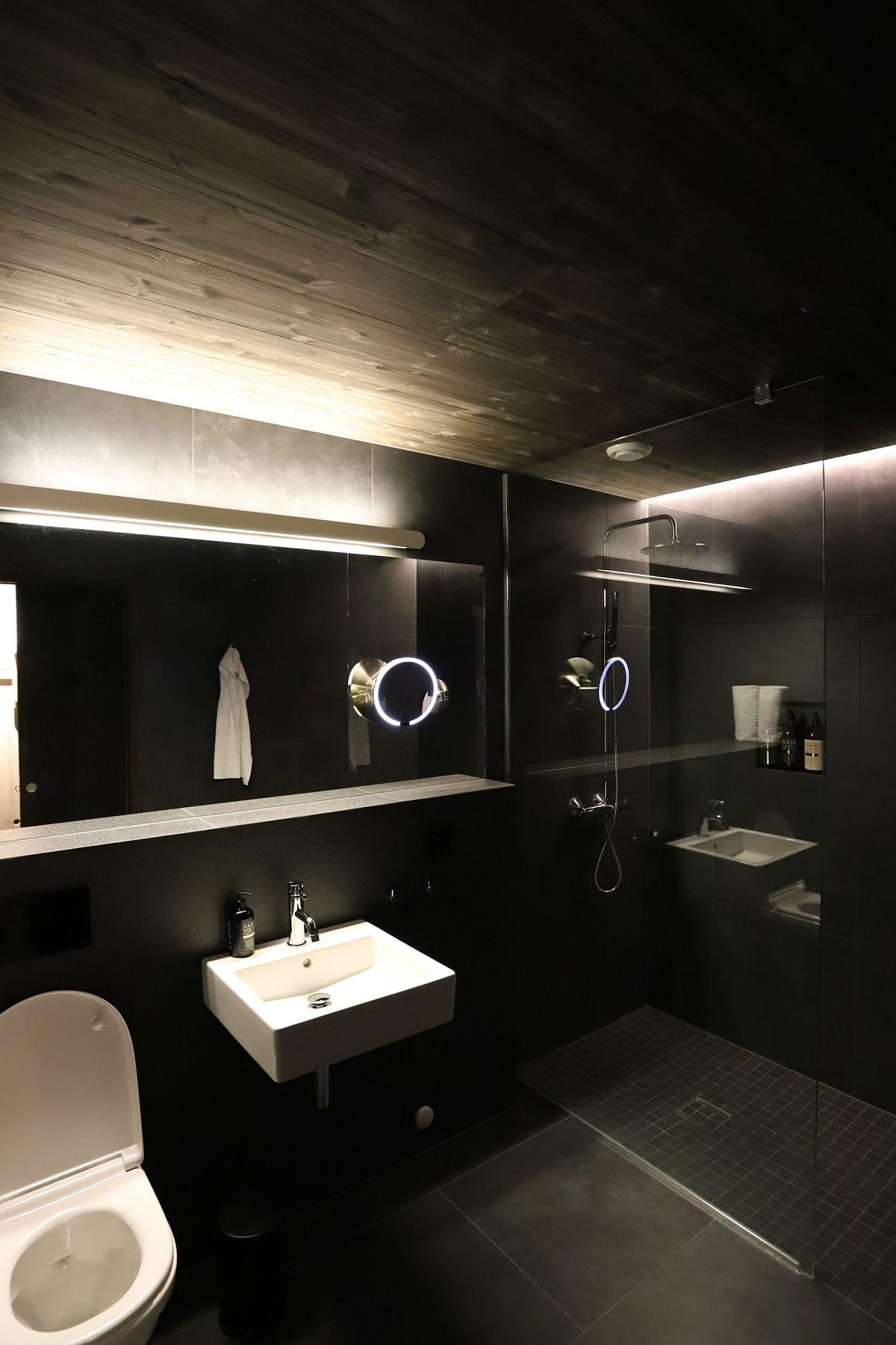 Fabulous-dark-bathroom-in-black-combines-modern-design-with-Scandinavian-simplicity-96975
