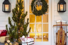 Festive Entry Ideas for Fabulous Holidays: Ring in the Good Times!