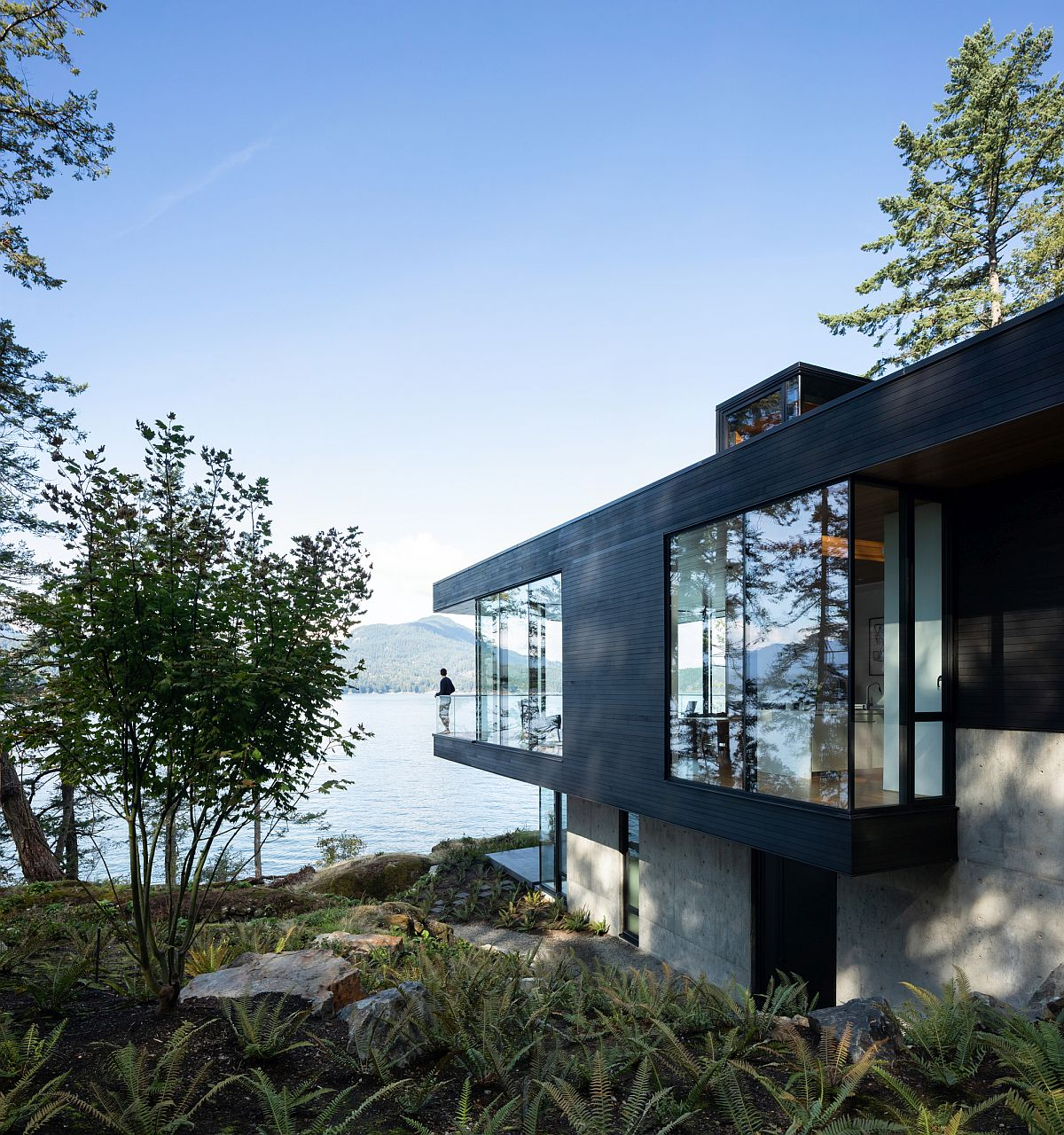 Ingenious island home leaves as little carbon footprint as possible