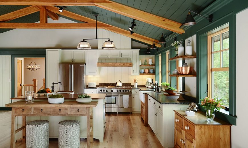 Design Style Watch: Rustic Kitchens with Colorful Charm Welcome This Winter!