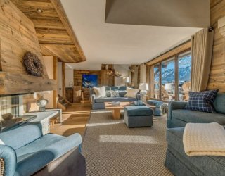 Amazing Alpine Escape: Unwind Inside this Luxury Duplex in Val d'Isere