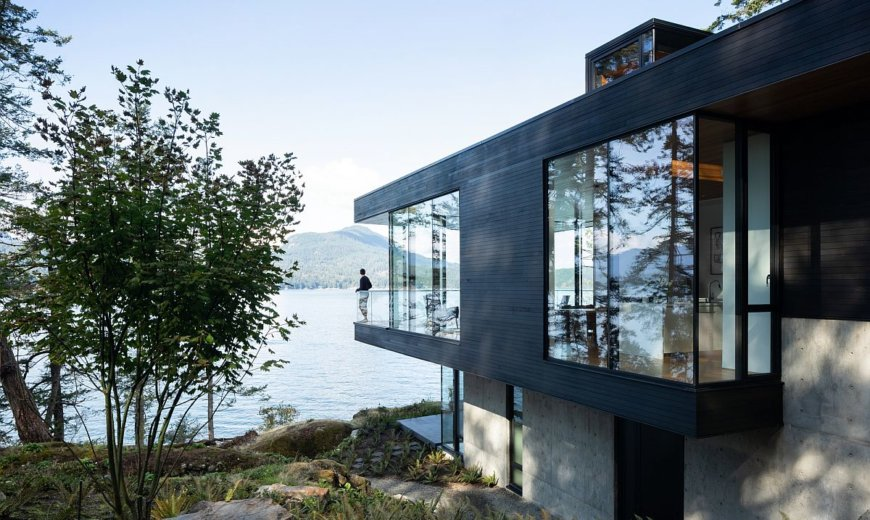 Ocean, Mountains and Forest Canopy Comes Indoors at this Island House