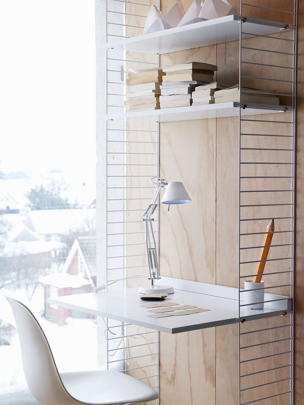 New String workspace fits into the tiniest of spaces with ease