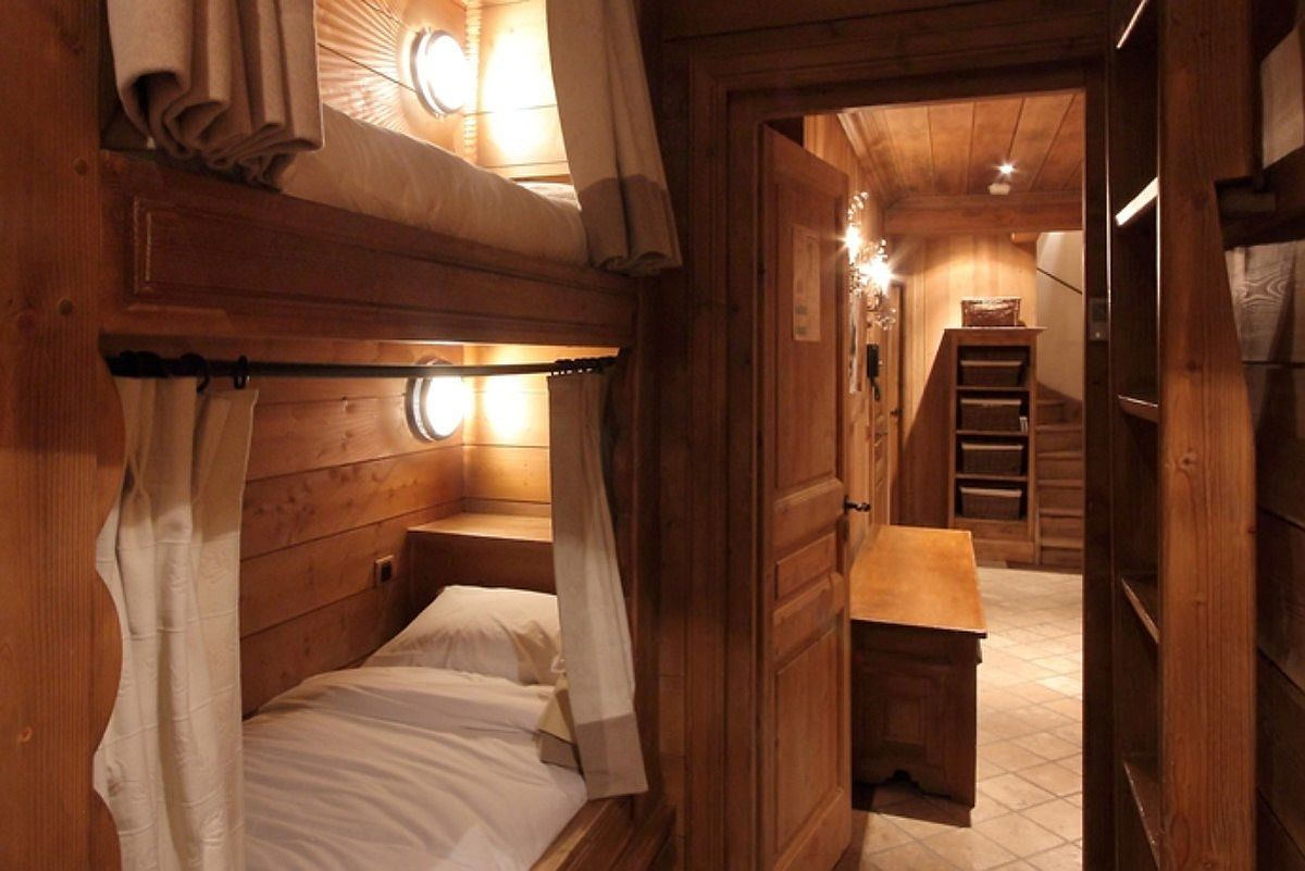 Small bunk bedroom at the chalet for children is both comfortable and fun