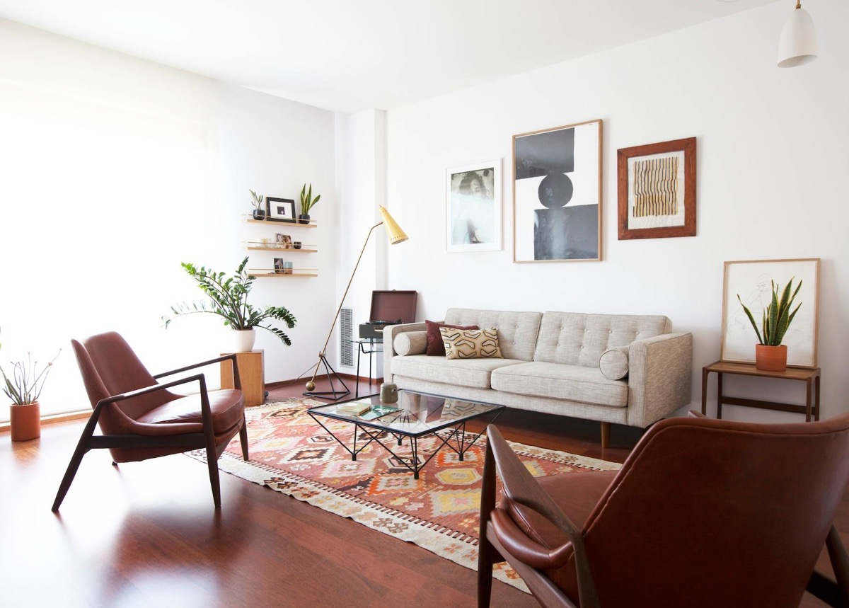 Turkish-rug-different-frames-mid-century-modern-living-room-tables