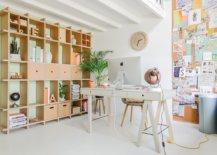 Exquisite-shelves-and-smart-desk-create-an-ergonomic-home-office-58188-217x155