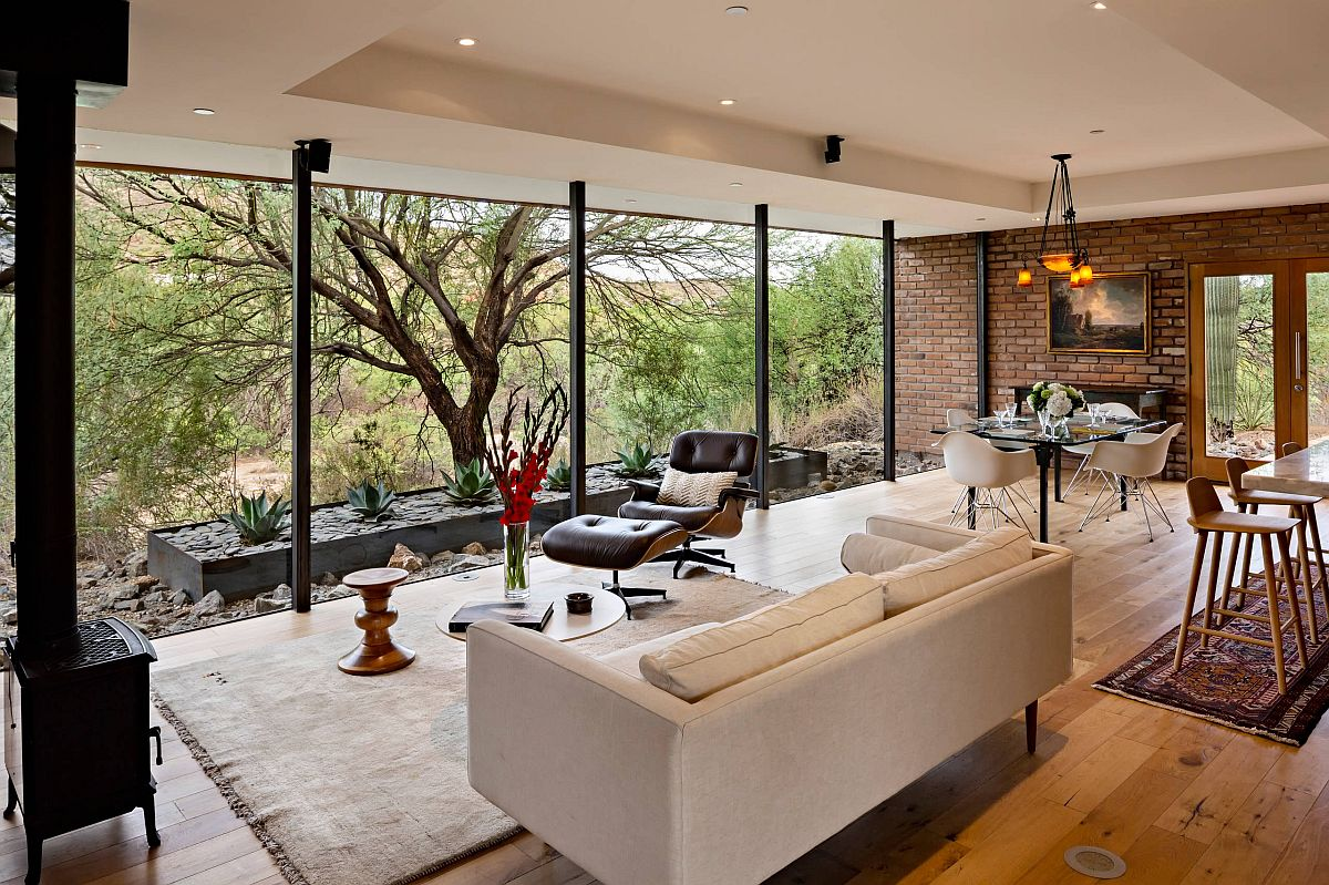 Fabulous-series-of-floor-to-ceiling-glass-walls-connects-the-interior-with-the-outdoors-16772