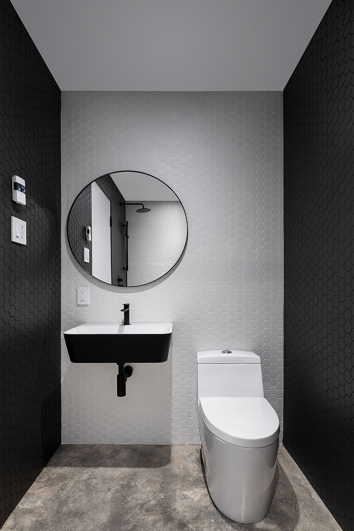 Hexagonal-gray-and-white-tiles-for-the-contemporary-powder-room-17573