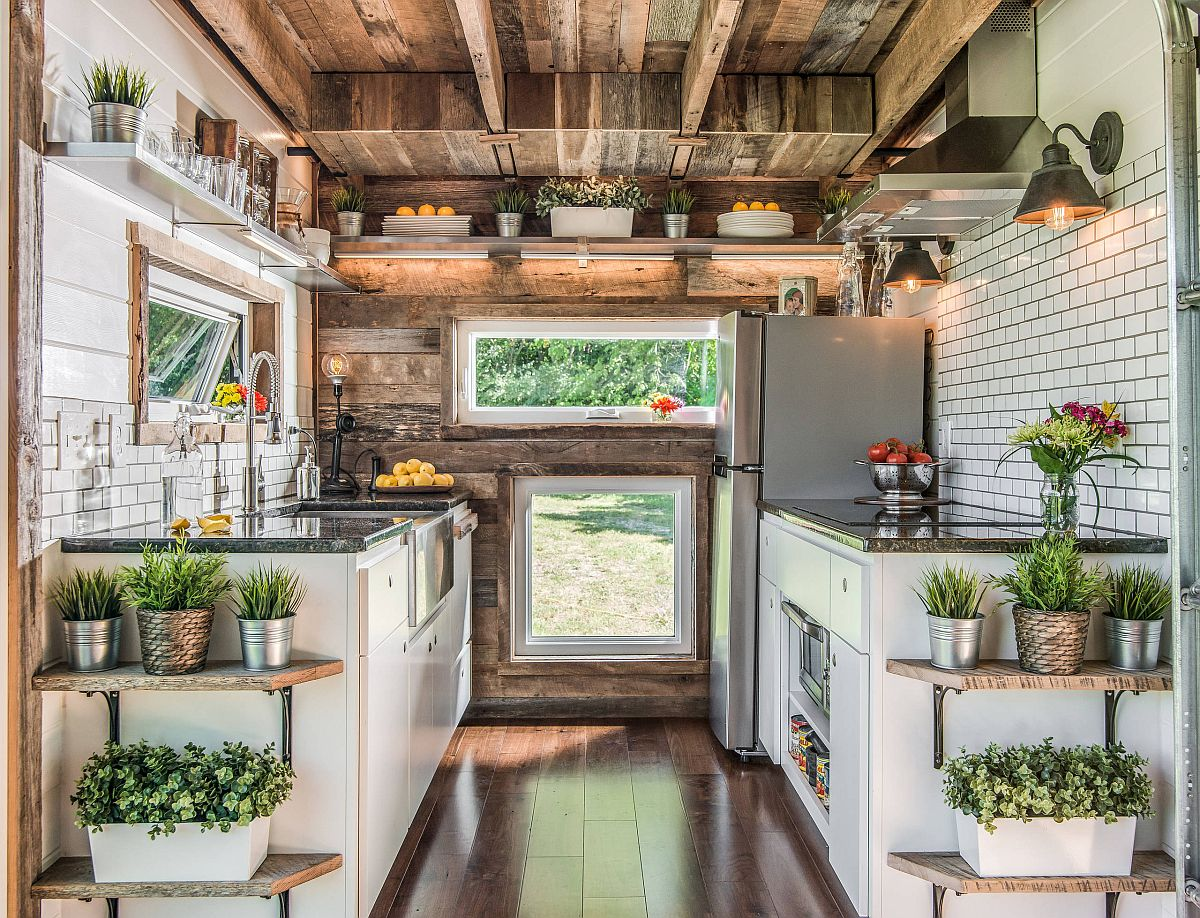 It is hard to match this kitchen in terms of sheer green goodness