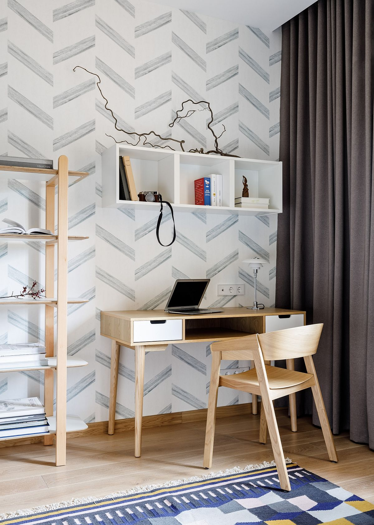 Modern-Scandinavian-style-home-office-in-Russian-home-in-neutral-hues-with-pattern-in-the-backdrop-96348
