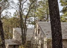 Oak-and-pine-trees-flank-the-path-leading-to-the-rustic-Mexican-cabins-78803-217x155