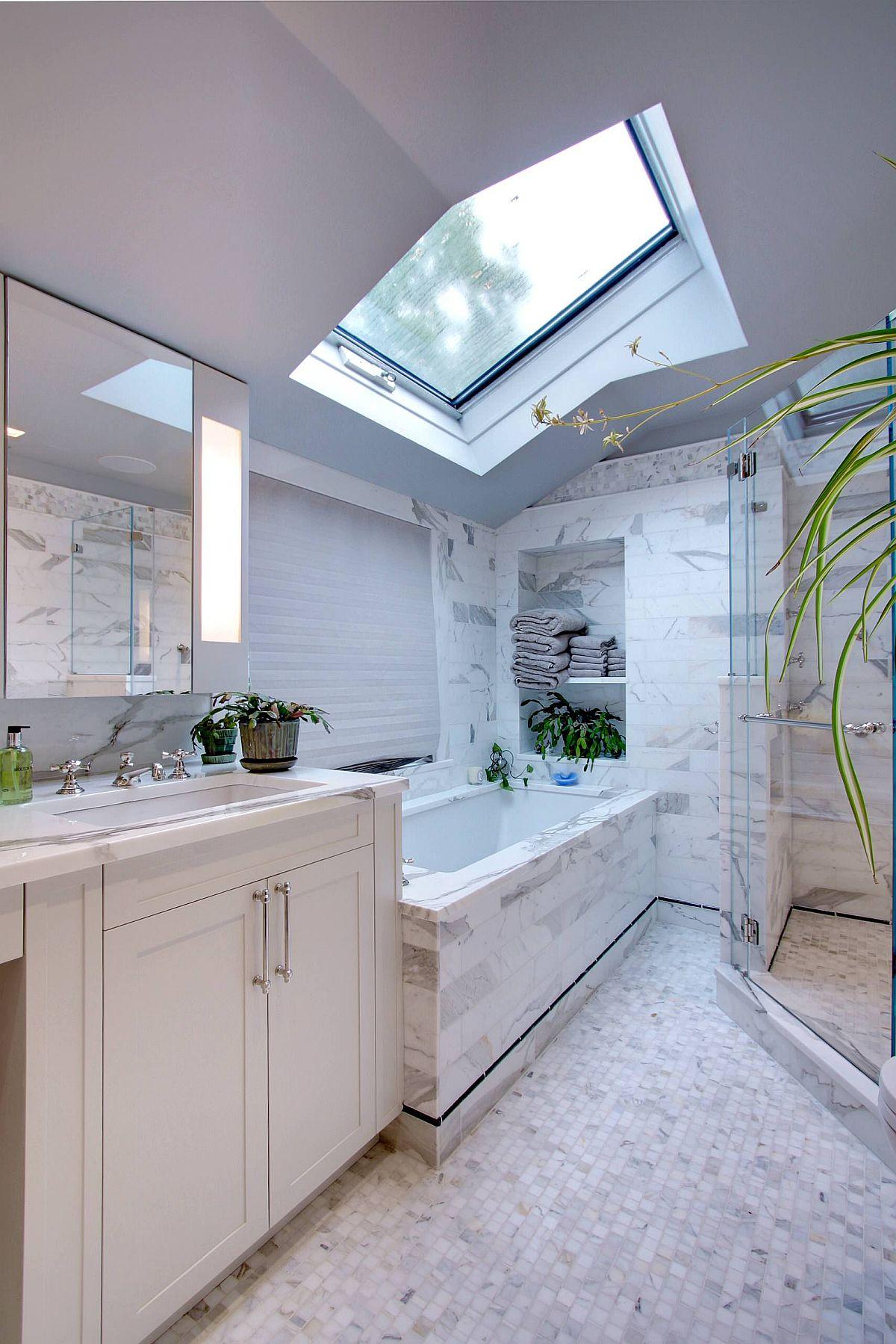 Skylight-illuminates-this-contemporary-bathroom-beautifully-96536