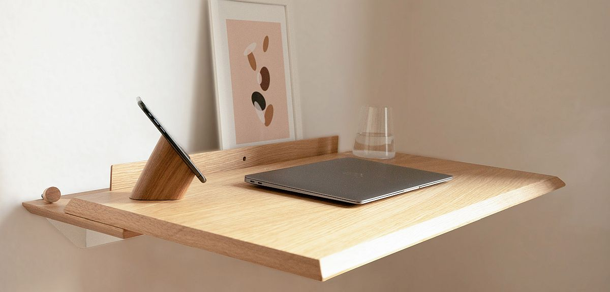 Contemporary desk made of Oak wood with natural finish looks classy and understated