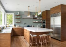 Gray-and-wood-kitchen-with-a-pattern-filled-backdrop-42347-217x155