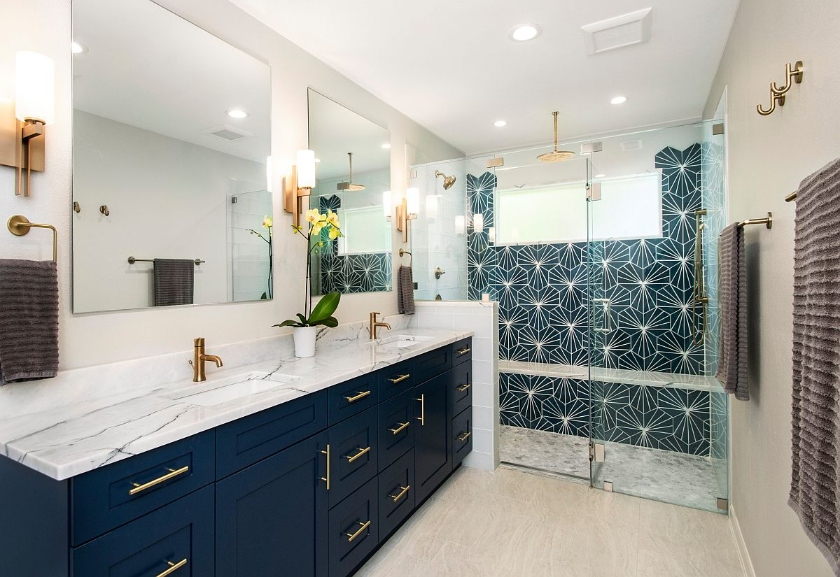 Metallic-accent-combined-with-a-brilliant-navy-blue-vanity-in-the-modern-bathroom-48601