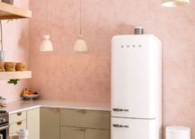 Pink decorative wall kitchen backsplash